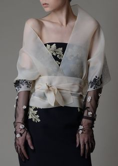 70 Fashionable Organza Outfit Looks - Care - Skin care , beauty ideas and skin care tips Couture Mode, Couture Fashion, Runway Fashion, Womens Fashion, Casual Couture, Looks Street Style, Silk Organza, Organza Dress, Silk Satin