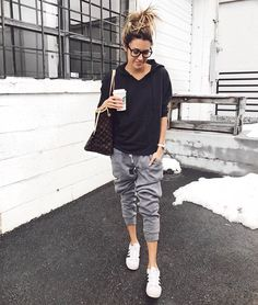 Insta Round-Up and President's Day Sales | Hello Fashion. Black hoodie+grey jogger pants+white sneakers+Louis Vuitton tote bag. Spring Casual Outfit 2017