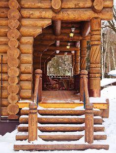 Деревянный дом ручной рубки в старорусском стиле | Деревянные дома ручной рубки | Журнал «Деревянные дома»