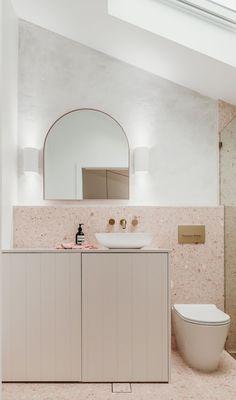 Stone Bathroom, Bathroom Renos, Bathroom Wall, Decor Inspiration, Bathroom Inspiration, Bathroom Inspo, Bathroom Interior Design, Home Interior, Terrazzo Tile