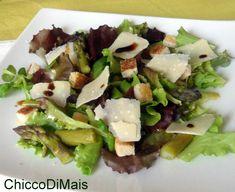 Insalata con asparagi e grana ricetta light il chicco di mais http://blog.giallozafferano.it/ilchiccodimais/insalata-con-asparagi-e-grana-ricetta-light/