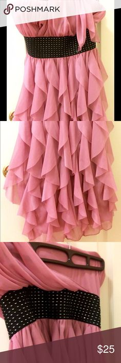 Formal homecoming/prom/cocktail dress 👗 Very flattering and supporting! Worn one time for two hours! Perfect condition! Adorable one shoulder show stopper! Dresses Mini
