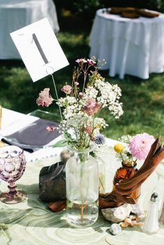 Table Number with Wildflower Centerpiece | For the Love Of Pete | Morning Glories Floral | Kel Ward Photography