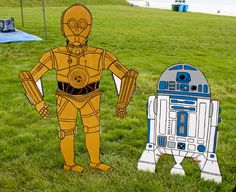 Star Wars Party - R2D2 - C3P0 - Yard Display  - Room Decoration - Character Cut Out - Event Prop