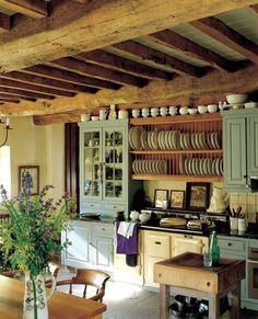 einzigartiges rustikales Küchendesign aus Holz mit mintgrünen Akzenten