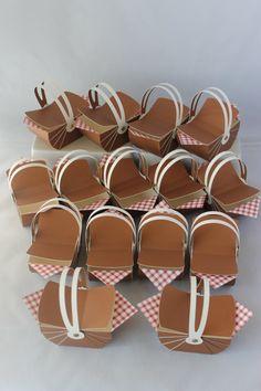 Picnic Basket Favor Box by CraftsbyRosa on Etsy