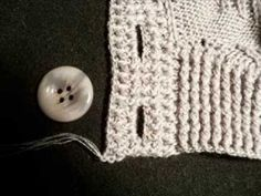 Вязание спицами (кофта женская на пуговицах)