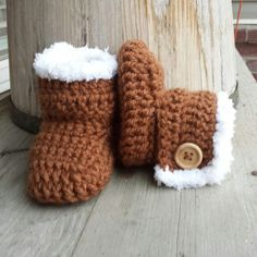 Crochet baby girl boots faux fur uggs in toffee by MalindasDesigns, $20.00