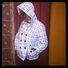Jacket white and gray checkered Sebby  jacket never been worn sebby clothing Jackets & Coats