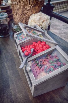 Wedding candy for a rustic sweet table! RICH AND RUSTIC MONTREAL WEDDING INSPIRATION www.elegantwedding.ca