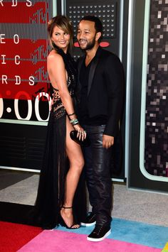 Chrissy Teigen in Marchesa and John Legend at the 2015 MTV Video Music Awards (Photo: Frazer Harrison/Getty Images)