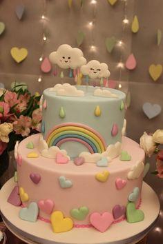 Chuva de Amor - Pra Gente Miúda Criações Baby Girl Birthday Theme, Baby Girl Birthday Cake, Baby Girl Cakes, Birthday Candy, Rainbow Birthday Party, Rainbow Party Decorations, Girl Birthday Decorations, Baby Reveal Cakes, Alphabet Cake