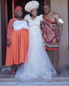 Wedding Blog, Wedding Styles, Wedding Ideas, Zulu Traditional Wedding, African Wedding Attire, South African Weddings, African Traditional Dresses, Bridesmaid Dresses, Wedding Dresses