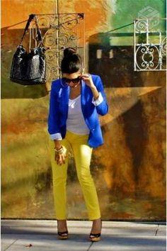 Esse Blazer é maravilhoso! Eles são Slim. Nos Tamanhos P, M e G. Cores: Laranja, Preta, Amarelo, Azul Klein, Pink e Verde Agua.  (R$ 100,00 reais).