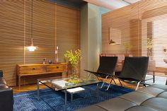 北欧インテリアの新名所「DANSK MØBEL GALLERY」をフォトレポート! Blinds, Divider, Curtains, Room, Furniture, Home Decor, Bedroom, Decoration Home, Room Decor
