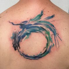 Fun ouroboros the other day :))) #tattoo #inked #qualitytattoos #abstracttattoo #goodtattoos #ink #superbtattoos #the_inkmasters #crazyytattoos #watercolortattoo #tattooistartmag #inkedmag #watercolourtattoo #iamshultztattoos #tattoooftheday #picoftheday  #eternalink  #inked_fx #cheyenne #cheyennetattoo