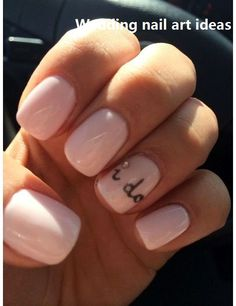 Don't want a standard French manicure for your wedding day? You're going to fall in love with these totally subtle and gorgeous nail art ideas, from ombre metallics to lace and floral patterns and rose gold geo designs. Natural Wedding Nails, Simple Wedding Nails, Wedding Nails For Bride, Bride Nails, Nail Wedding, Wedding Stuff, Wedding Ideas, Winter Wedding Nails, Wedding Planning