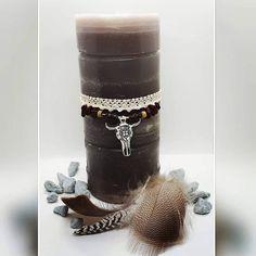 "Véronique van Kammen op Instagram: ""Bohemian light ---------------------------------------------------- #diycraft #tafeldecoratie #zelfgemaakte #diybloggerde #decoratie…"" Pillar Candles, Candle Holders, Diy, Crafts, Instagram, Manualidades, Bricolage, Porta Velas, Do It Yourself"