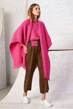 Colourful Outfits, Colorful Fashion, Love Fashion, Fashion Colours, Winter Fashion, Womens Fashion, Workwear Fashion, Fashion Outfits, Cardigan Rosa