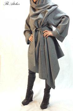 Grey Long Wool Coat/Winter Cape Coat/Cashmere Poncho von FloAtelier