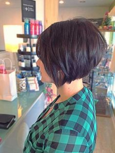 Inverted Cool Short Layered Bob Hairstyle