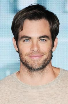 Chris Pine... In Japan for the Into Darkness premiere... I am loving the hair...
