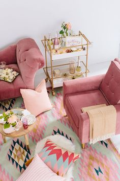 Pink Couch | Pink Couch Decor | Colorful Rug Styling