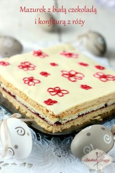 Мазурек с бял шоколад и конфитюр с роза