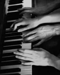 Four hands piano. Blake Steven, Lenalee Lee, Hopeless Romantic, Belle Photo, White Photography, Vintage Photography, Cute Couples, Just In Case, Musicals