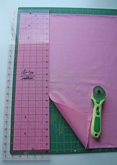 How to properly cut using a mat and rotary cutter   Chasing Cottons: Quilt Class 101 - Week 3 - Cutting
