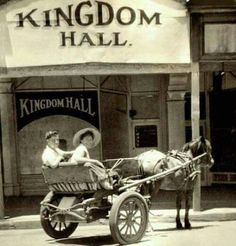 The photo dates from 1957 the horse and buggy from an earlier era. The Kingdom Hall Store was located in Burt St Boulder Australia Psalm 133, Jw News, Jw Humor, Jehovah S Witnesses, Jehovah Witness, Kingdom Hall, Horse And Buggy, Bible Truth, Spirituality