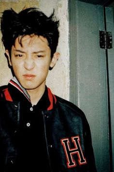 Find images and videos about kpop, exo and baekhyun on We Heart It - the app to get lost in what you love. Park Chanyeol Exo, Kpop Exo, Kyungsoo, Music Genius, Kim Minseok, Vogue Korea, Exo Members, Chanbaek, Baekyeol