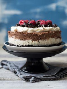 Oreokake - Kvardagsmat Oreo, Cheesecake, Desserts, Cookies, Food, Tailgate Desserts, Crack Crackers, Deserts, Cheesecakes