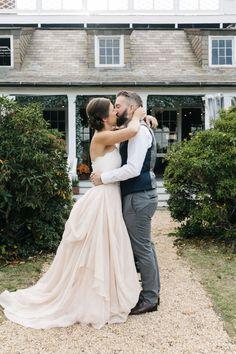 Sean + Nicole's fantastic blush wedding |Finery:Carol Hannah Fleur Bustier,Kensington Skirt and Juliet Sash|Photography: Lauren Kallen