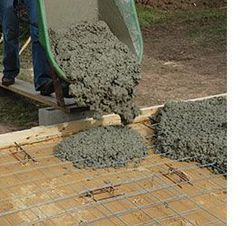 How to lay a DIY concrete patio. So glad I found this getting ready to extend…
