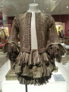 Garter suit - silk and silver tissue, belonged to Charles II Stuart. It was part of the costume of a knight of the Noble Order of the Garter. Doublet and trunk hose, England,  1661