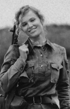 A Yugoslav partisan fighter in World War II. She fought against the Nazis under Tito. Click image to see more hot, badass women of Stalingrad.