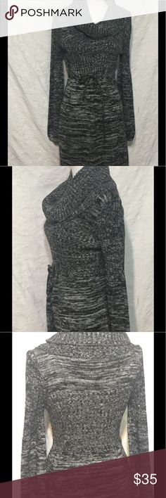 Calvin Klein Grey Sweater Dress Tie Waist Size M Calvin Klein Grey Sweater Dress Size M  Gently worn and in great condition.   Measurements when laid flat:  19 inches from armpit to armpit  17.5 inches across smallest part at waist  about 23.5 inches across widest part at hip  35 inches from top to bottom  Need a dress for a special occasion and don't want to spend a lot of money? Check out my other listings. You just might find the perfect dress!  Please contact me with any…