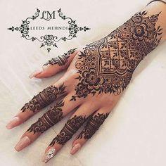 55 New Ideas Bridal Mehndi Designs Indian Weddings Henna Art - Body Art 2020 Henna Hand Designs, Henna Tattoo Designs, Indian Henna Designs, Wedding Mehndi Designs, Beautiful Henna Designs, Best Mehndi Designs, Mehandi Designs, Henna Tattoo Hand, Henna Tattoos