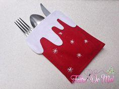 Handmade Christmas Crafts, Easy Christmas Ornaments, Christmas Sewing, Christmas Pillow, Christmas Art, Christmas Stockings, Christmas Table Settings, Christmas Table Decorations, Elegant Christmas