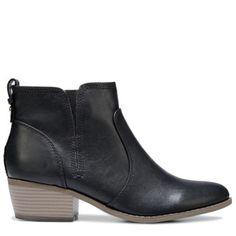 b0c5a8cb8932b G BY GUESS Women's Towny Bootie at Famous Footwear Beautiful Shoes, Ankle  Booties, Chelsea