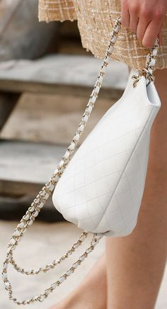 Chanel Spring Summer 2019 Runway Bag Collection. Сумки Шанель · Модные Сумки  ... 437defb5dcb