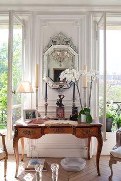 Elle Decoration - Ann Mc Govern's Parisian Chic