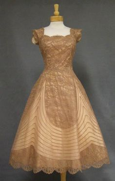 Vintage 1950s taupe lace & marquisette cocktail dress <3  | #VintageDress