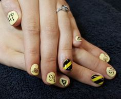 CND Shellac Nail Art by Gossamer Nail Studio. Yellow, Hufflepuff, Harry Potter, 9&3/4, Snitch, Always, Deathly Hallows, Hogwarts, Movie, Geek, Nerd Shellac Nail Art, Acrylic Nails, How To Do Nails, Fun Nails, Hippie Nails, Harry Potter Nails, Gradient Nails, Nail Studio, Snitch