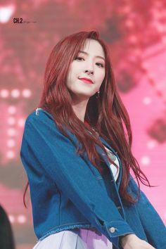 Eunseo/은서 WJSN Yuehua Entertainment, Starship Entertainment, South Korean Girls, Korean Girl Groups, Cheng Xiao, Fandom, Cosmic Girls, Korean Actresses, Woman Crush