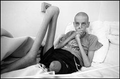 Paul Fusca viajó a Chernobyl para retratar a los sobrevivientes del accidente nuclear dando como resultado emotivas fotografías.