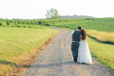 Bride + Groom - Wedding Pictures - Country Road - Rustic Wedding