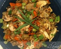 This is a flavourful dish I make using leftover chicken and rice. Very easy to put together and piping hot since it all comes together in one pan. How easy is that? With the exception of the sodiu. Sodium Free Recipes, Low Salt Recipes, Clean Eating Recipes, Healthy Eating, Cooking Recipes, Heart Healthy Chicken Recipes, Chicken Diet Recipe, Low Iodine Diet, Kidney Friendly Foods