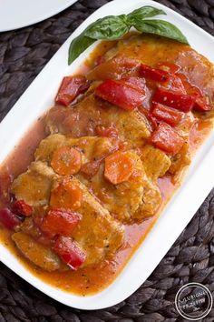 Bitki wieprzowe z papryką i pomidorami - Ulubione Przepisy